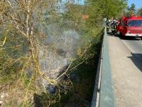 Einsatz der Edertaler Wehren am 17. April 2020 im Bereich der Ederbrücke.