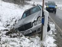 Dieser Mercedes-Benz kam am 26. Februar auf der K 51 von der Fahrbahn ab.