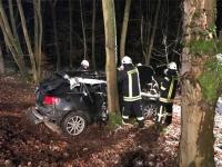 Dieser Audi war in den frühen Morgenstunden des 9. Januar zwischen Strothe und Korbach von der Fahrbahn abgekommen - Notarzt, Feuerwehr und Polizei waren im Einsatz