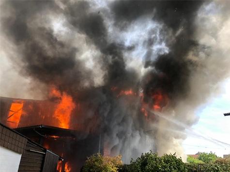 Am 2. Juni brennt eine Scheune in Birkenbringhausen komplett ab.