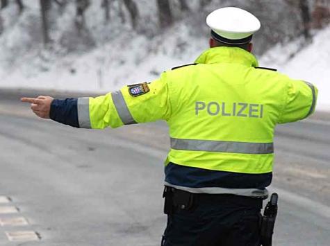 """Kommissar """"Zufall"""" führte zu einem Zusammentreffen zwischen der Polizei und führerscheinlosen Bürgern im Raum Volkmarsen."""