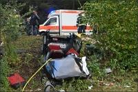 Die Fahrerin des Peugeot musste aus ihrem Wagen befreit werden.