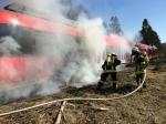 Die Briloner Feuerwehr musste am Montag zu einem brennenden Zug ausrücken.