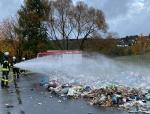 Am 28. Oktober brannte ein Müllwagen im Battenberger Ortsteil Dodenau - die Feuerwehr war schnell zur Stelle