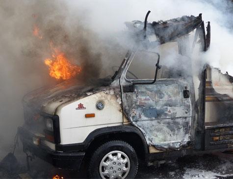Ein Wohnmobil wurde am 3. April ein Raub der Flammen, Schadenshöhe etwa 1500 Euro.