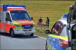 Der Motorradfahrer wurde vorsichtshalbar in ein Krankenhaus gebracht.