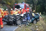Die Feuerwehr musste in Laaspherhütte heute einen eigenen Kamderaden aus dem Unfallfahrzeug retten.
