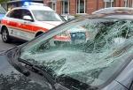 Ungebremst ist am 20. Mai ein BMW auf einen geparkten Opel aufgefahren - es entstand erheblicher Sachschaden.