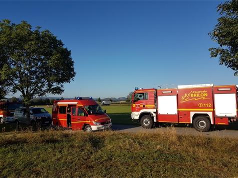 Nach einem abgestürzten Ballon suchten am Montag Feuerwehren und Rettungskräfte.