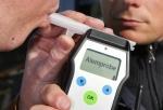 Ein BMW-Fahrer wurde in nur neun Stunden zweimal mit Alkohol im Blut angehalten - einen  Führerschein besitzt der Battenberger nicht.