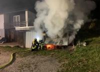 Fünf Roller wurden bei einem Garagenbrand in Brilon-Wald zerstört.