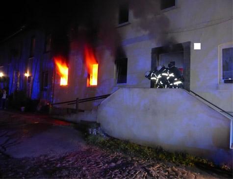 Starkes Engagement und viel Erfahrung zeigten die Feuerwehrmänner- und Frauen am 15. November bei einem Brand in Bettenhausen.