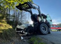 Auf der Kreisstraße 63 ereignete sich am Mittwochnachmittag ein schwerer Verkehrsunfall.