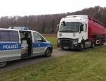Die Polizei kontrolliert auch zukünftig das Durchfahrtsverbot an der B 3