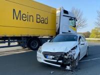 Am 17. April kam es auf der Bundesstraße 252 zu einem Verkehrsunfall mit hohem Sachschaden.