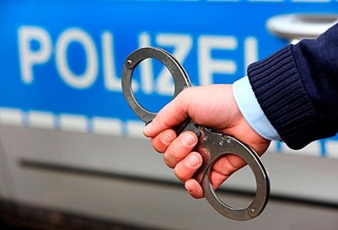 Die Polizei nahm zwei Täter fest.