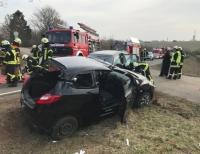 Am 28. Februar ereignete sich zwischen Korbach und Gut Dingeringhausen ein schwerer Verkehrsunfall - Polizei, die Korbacher Feuerwehr sowie RTWs und ein Notarzt waren vor Ort