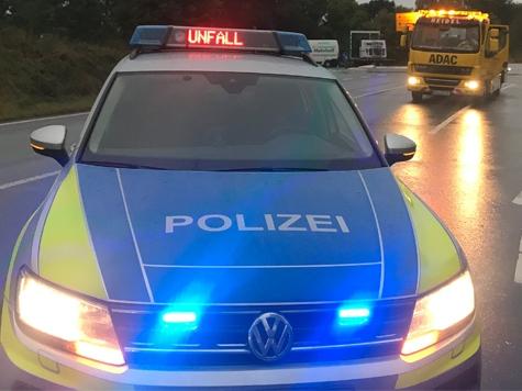 Ein Auffahrunfall mit hohem Sachschaden ereignete sich am 17. Oktober auf der Bundesstraße 450 bei Landau.