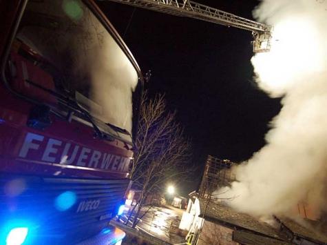 Am 15. August brannten die Kellerräume eines Einfamilienhauses in Goddelsheim - die Wehren aus Lichtenfels und Korbach waren im Einsatz.