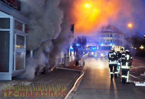 Derzeit gehen die Brandermittler von vorsätzlicher Brandstiftung in einer Shisha-Bar in Korbach aus.