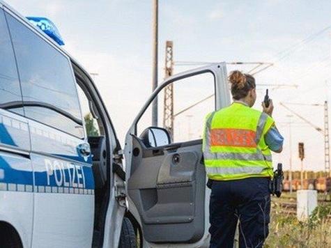 Ein Sattelzug steckte am 12. September auf einem Bahnübergang in Twiste fest.