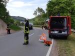 Ölspuren auf der Kreisstraße 22 (Waldeck-Frankenberg) mussten am 31. Mai abgestreut werden.
