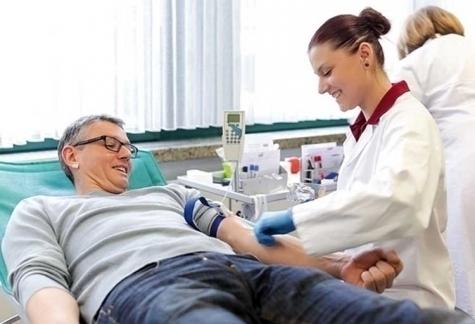 Blutspenden in Korbach am 2. Dezember 2019.