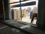 Beschädigt wurde am 12. Dezember die Fensterfront des Netto-Marktes in Frankenberg. Es blieb bei Sachschäden mit einem Volumen von 9000 Euro.